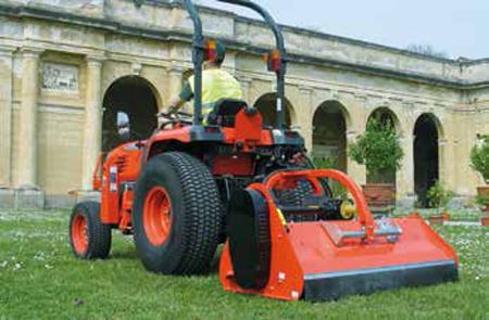 Gras Klepelmaaiers – Getrokken hydraulisch verstek - KUBOTA